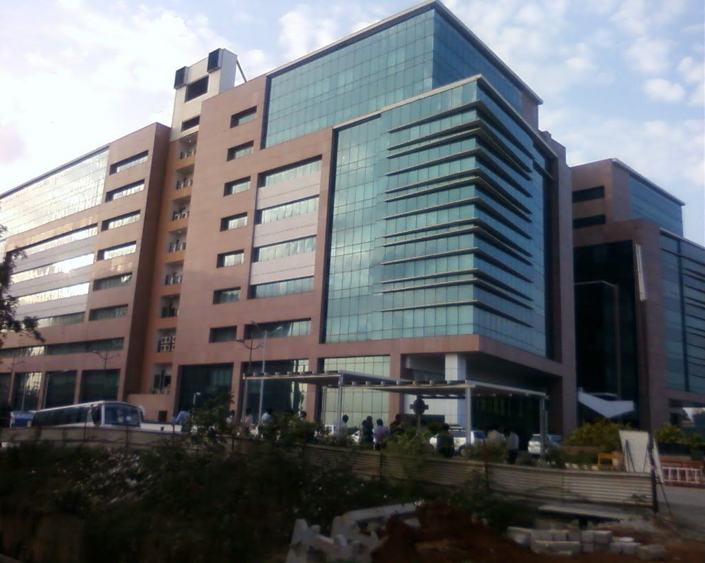 How is the office of Accenture in Bangalore? Can anyone