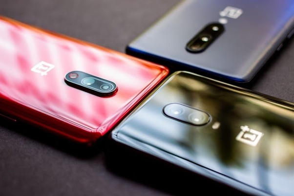 There Are Two Cameras On The Oneplus 7 But Only One Of Them Actually Captures Photos Try Covering One Lens Before And After Zoom What Is The Other Camera For Quora