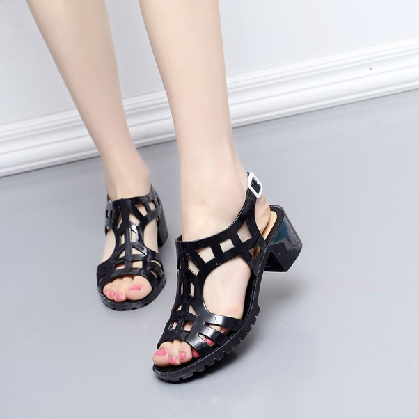 What Is The Best Shoes For Girls In India For Rainy Season Quora