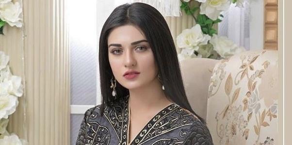 beautiful models in pakistan