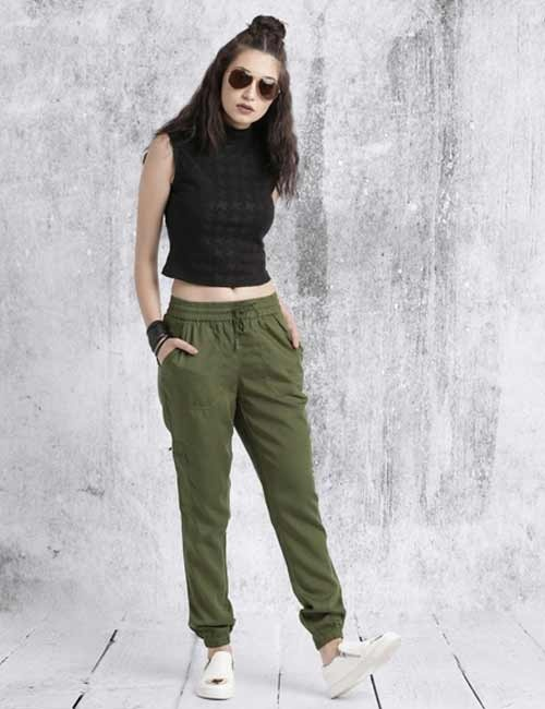 Which Color Top Can Go With Green Pants Quora