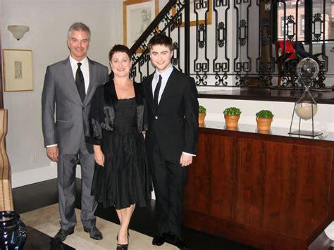 Are Daniel Radcliffe's parents actors? - Quora