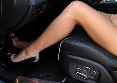 Denise richards toes