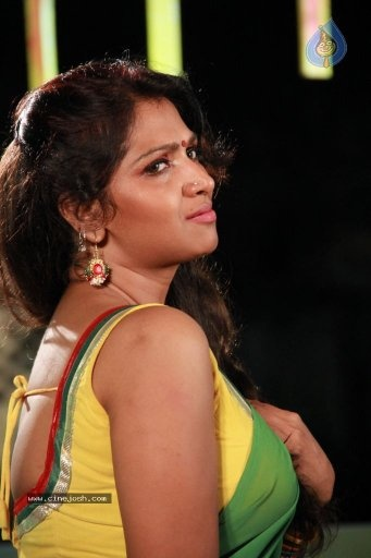 The Famous Tollywood Actress Was Arrested Many Years Ago For Her Involved In A Sex Racket In