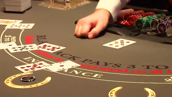 is it legal to play online casino in canada