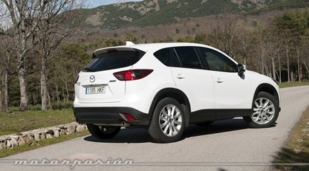 are there any compact suvs that handle as well or better than a
