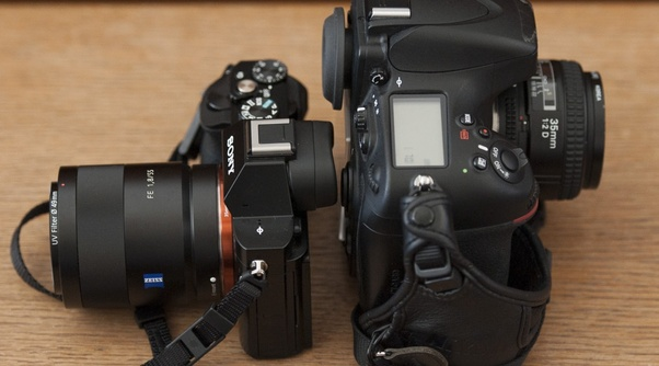 difference between analog and digital camera pdf