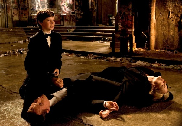 Would Bruce Wayne survive being in Room 1408? - Quora
