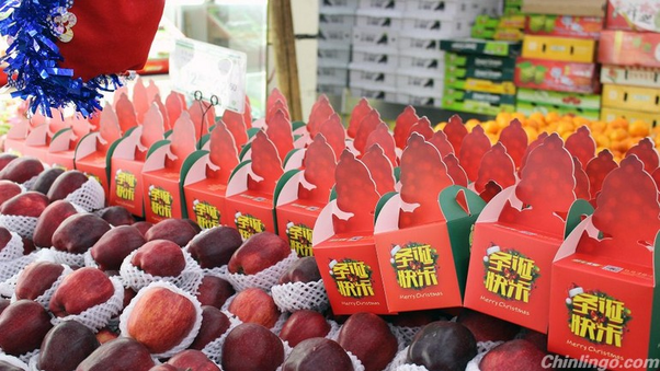 Why do Chinese people give red apples for Christmas gifts? - Quora