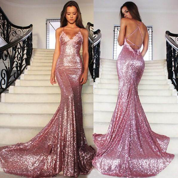 How to buy mermaid style wedding dress quora mermaid dresses are designed to be fitted on the bodice and hips and flare out into a trumpet shape at the knee this type of bridal gown usually comes junglespirit Images