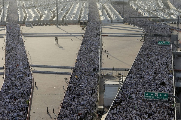 What would happen to a non-Muslim who got caught in Mecca