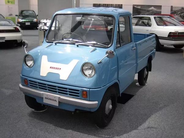 What Is Hondas First Model Car