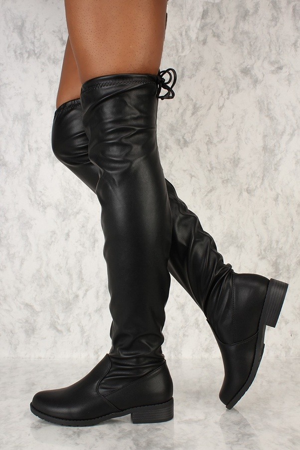 Can guys wear women's boots?