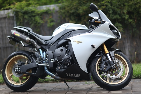 what is your fastest displayed speed on the road on a motorcycle rh quora com