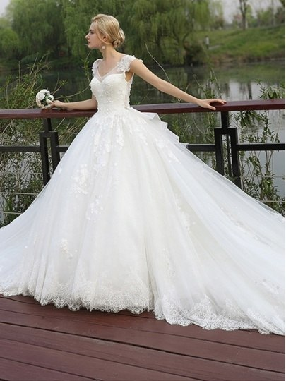 Where can I find a nontraditional wedding gown? - Quora