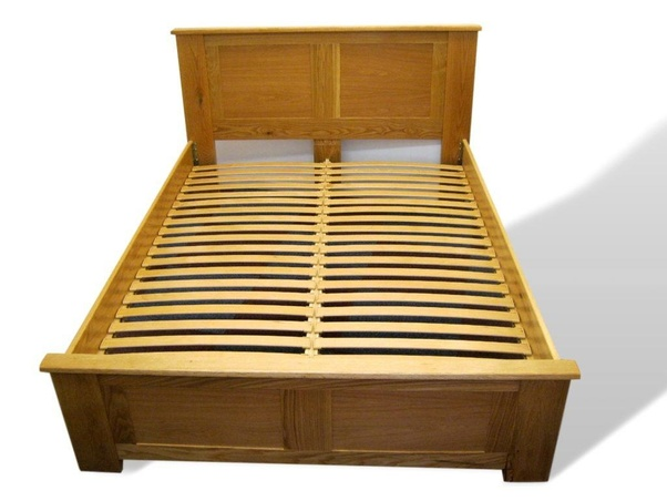 Width Of A Queen Size Bed Frame, Does My Bed Frame Need Slats