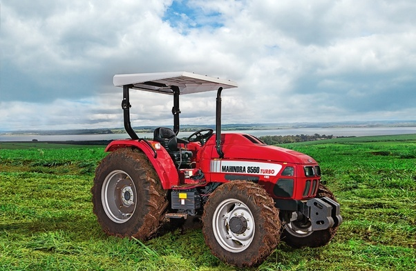 Large Tractor Wheels : Why do tractors have big rear wheels and small front
