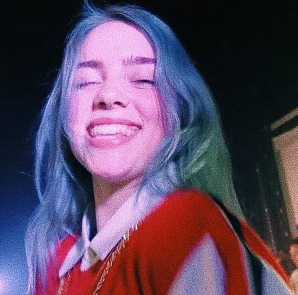 Why does Billie Eilish never smile? - Quora