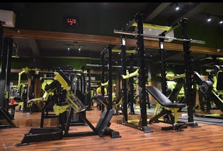 Which are the best (affordable) gyms in Nagpur, with all ...