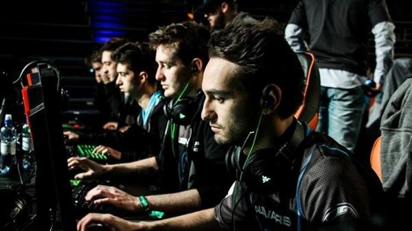 What does it take to become a professional CS:GO player? - Quora