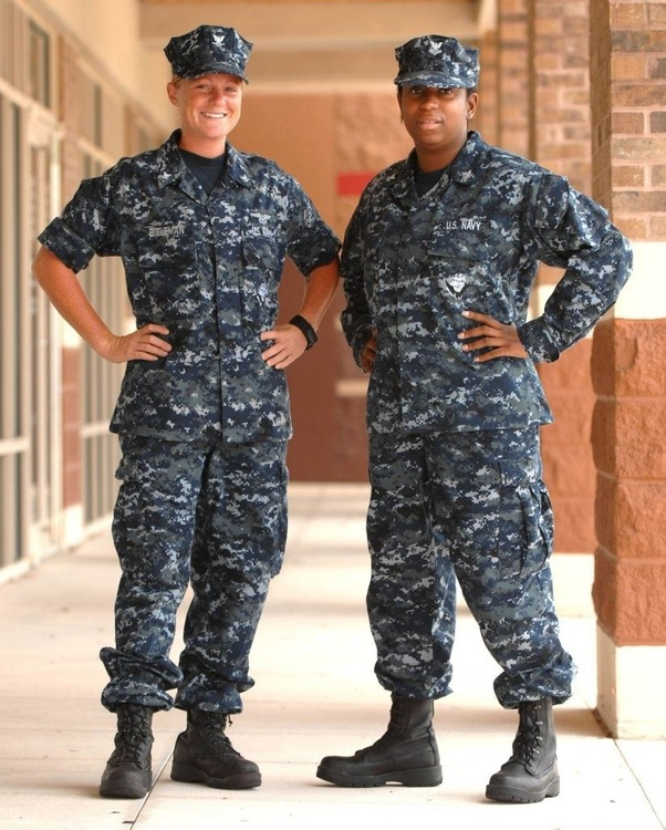Why is the US Navy changing to the green uniforms? - Quora