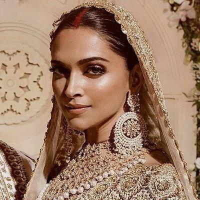 Is Deepika Padukone really beautiful? - Quora