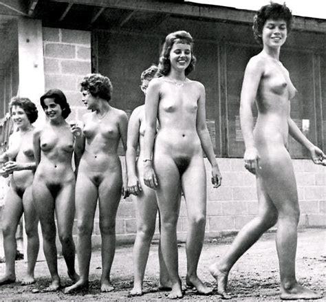 rate my gf nude