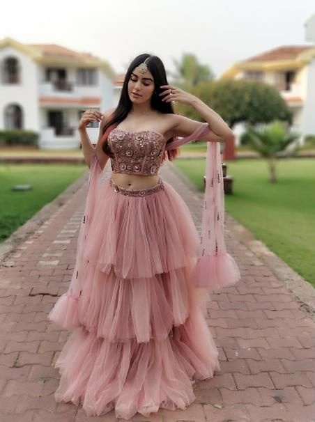 5b003f2d7e What are the best and latest fashion trends in India? - Quora