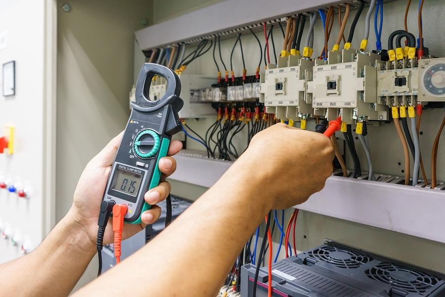 Is it common for electrical engineers to mess with their ... Wiring Work on
