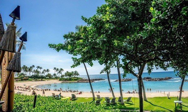when is the best time to visit hawaii and which island places are