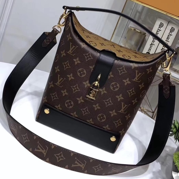 b3fcf9107d You can buy those top quality Louis Vuitton handbags at the most affordable  price from Authentic Louis Vuitton Handbags