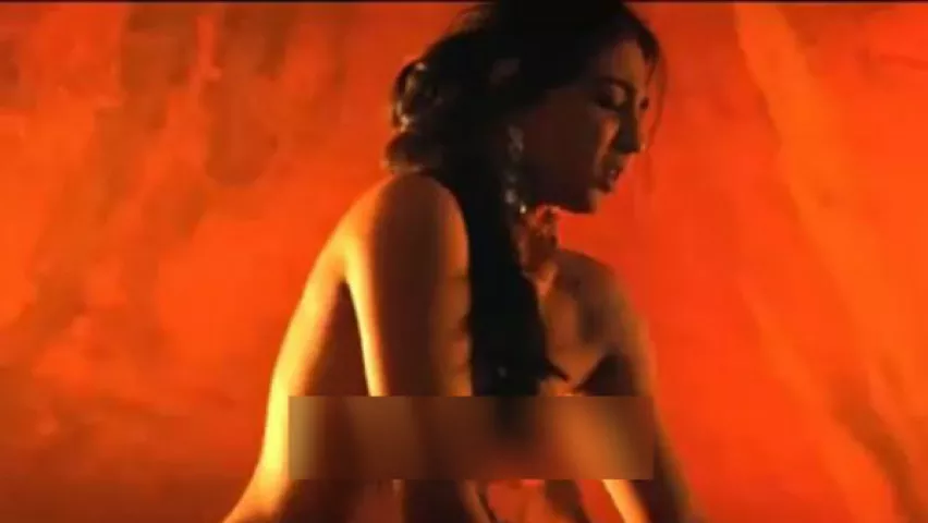 Radhika apte hot sex with boobs