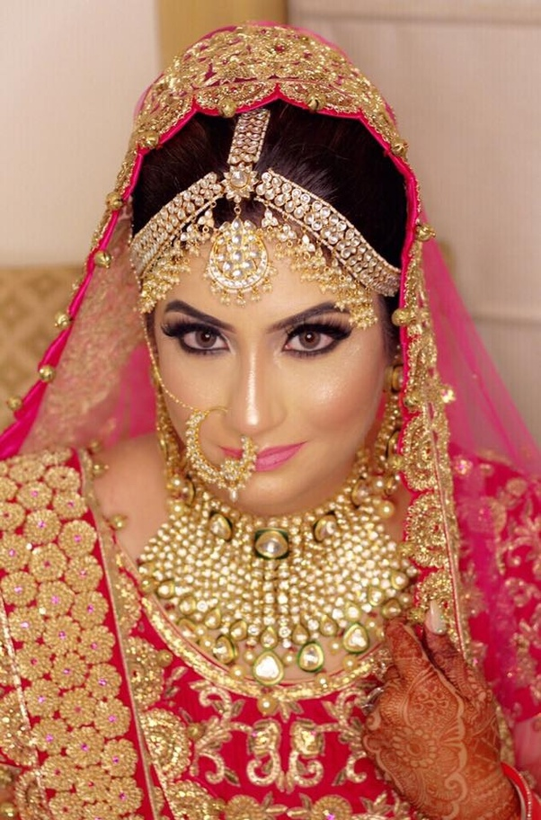 Therefore You Are Highly Suggested That Should Choose A Bridal Makeup Style Thoroughly Match With Your Mehndi Design