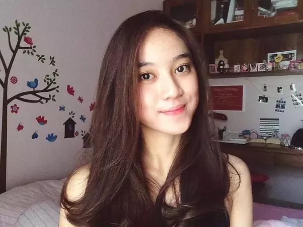 Dating indonesian girls clothing