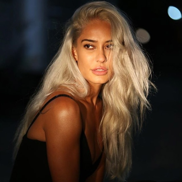 Can you bleach dyed hair? If so, how? - Quora