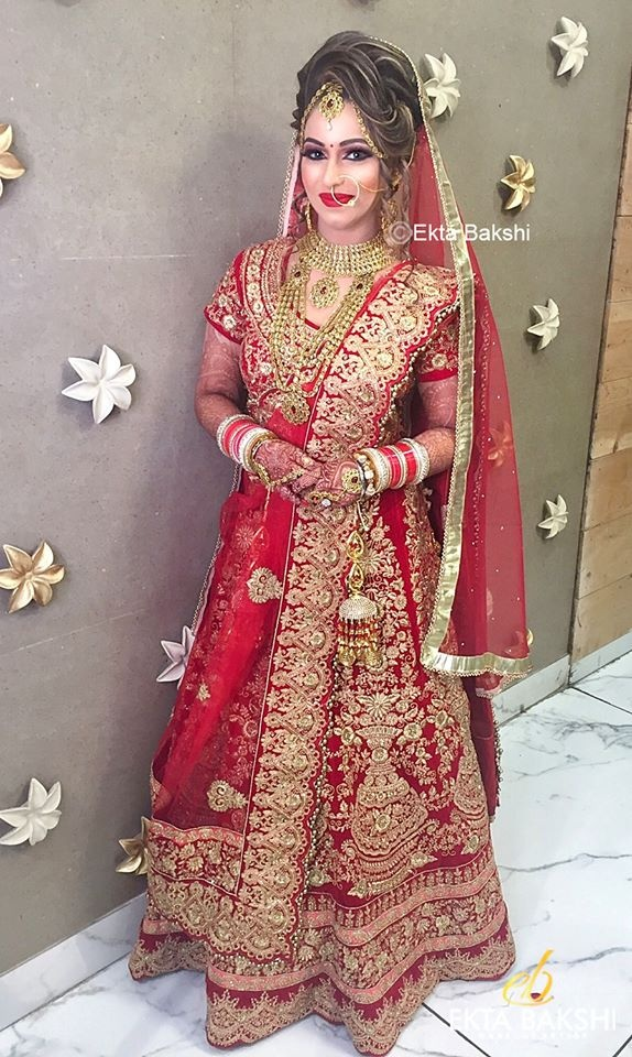 What Are The Kinds Of Lehengas That Would Suit A Night