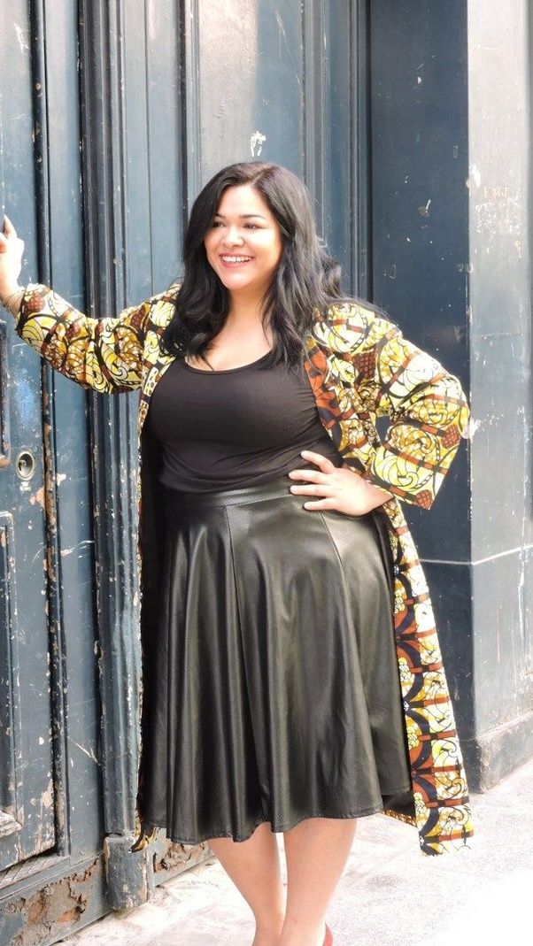 What kind of dresses look good on fat girls? - Quora