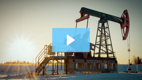What software do they use in the oil and gas industry in day