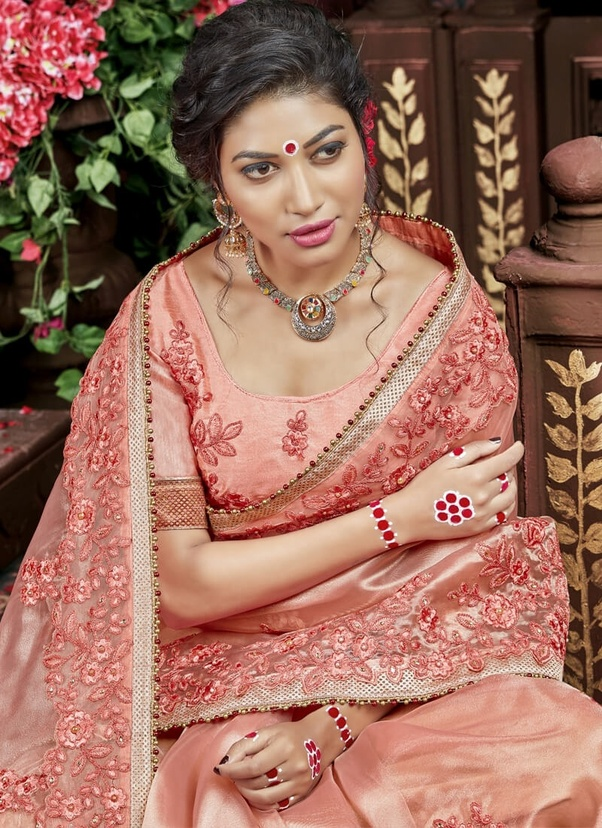 9944cd48d0 Light peach color saree can be matched with Maroon, Royal Blue, Grey or  Dark Pink color.