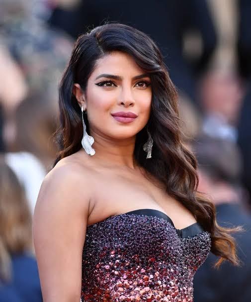 Bold Priyanka Chopra Photos And Wallpapers | Memsaab.com