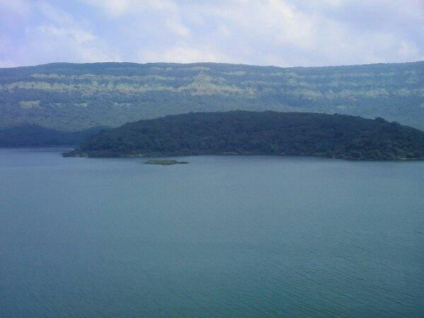 biggest salt water lake in india