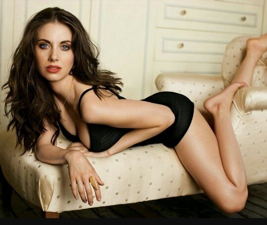 Who is the hottest Hollywood actress with whom you want to