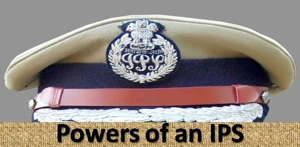 What are the powers and responsibilites of an IAS officer