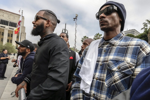 Why do the Crips and Bloods fight? - Quora