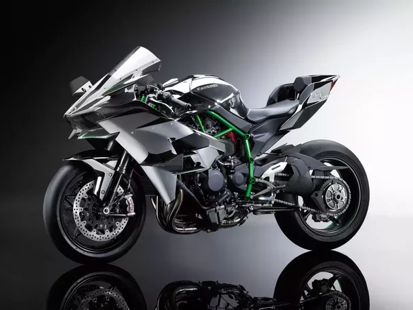 The Fastest Production Bike In World Then Officially Belongs To Ducati 1299 Superleggera This Unofficially Has Sd Upwards Of 340 Kmph And