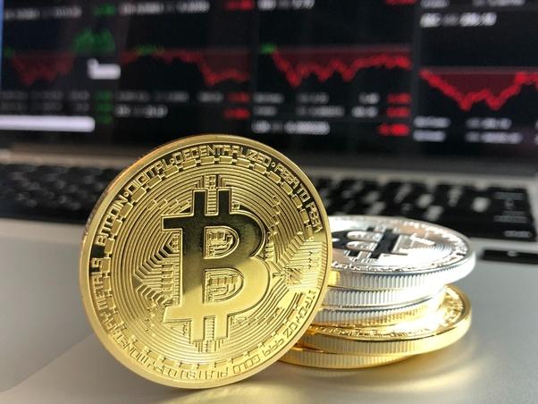"""Părerea lui Donald Trump despre Bitcoin: """"Este o înșelătorie"""""""