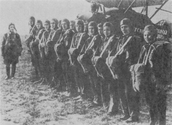 Were there any Soviet paratroopers during WW2? It seems like there