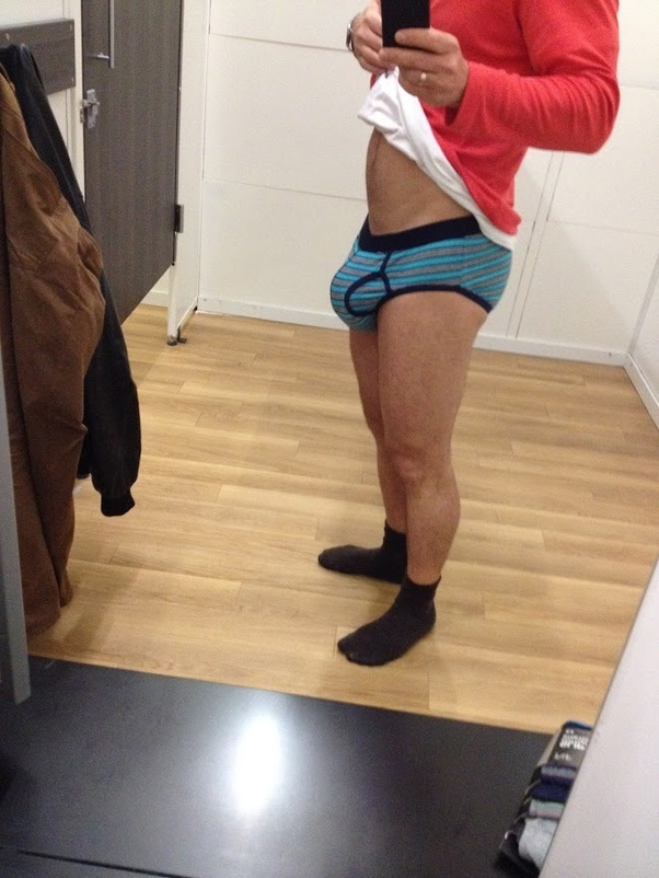 What are good ways for men to show off a bulge in public ...