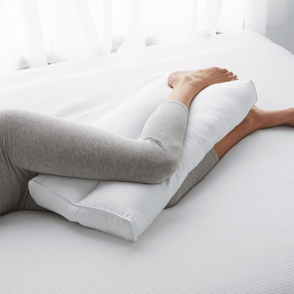 Having sex a pillow with people How to