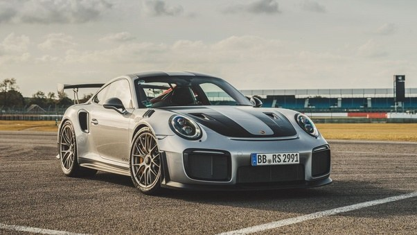 What S The Difference Between The Porsche 911 Gt2 Gt3 Turbo And